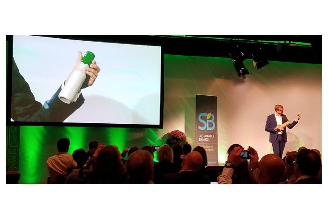 Carlsberg unveils new green fibre bottle design