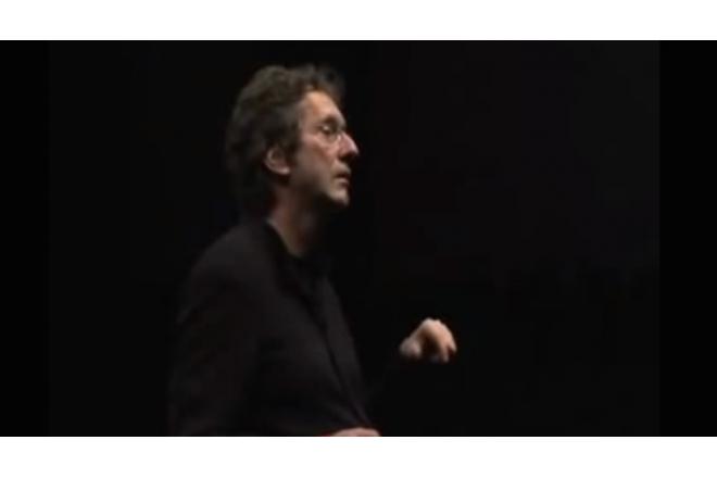 """Prof. Dr. Braungart über sein """"Cradle to cradle""""-Konzept auf der Utopia Konferenz"""